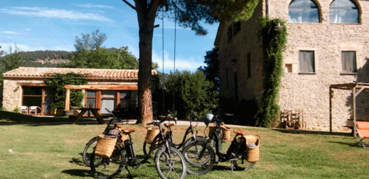 Proposal 3×2 Electric bicycles with the Garrotxa